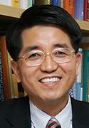 Taeghwan Hyeon