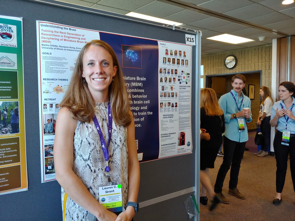 Lauren Gapinske with the MBM poster at the 2019 NRT meeting